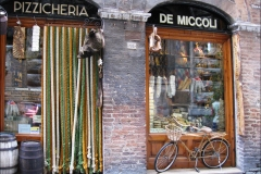 Images of Italy ~ Siena shopfront
